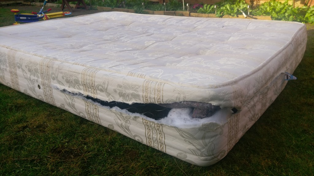 how we performed diy mattress recycling in 30 minutes. Black Bedroom Furniture Sets. Home Design Ideas