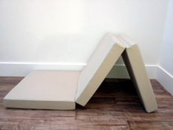 Is It OK To Put A Mattress On The Floor Here Are 10 That You Can