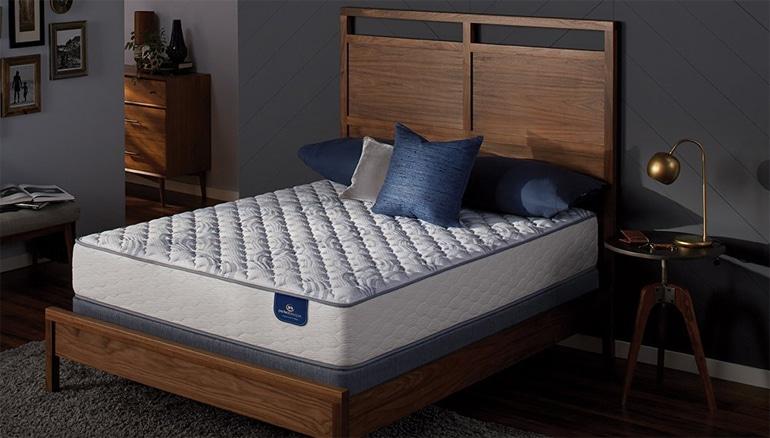 Serta Perfect Sleeper Select Firm 300 Innerspring