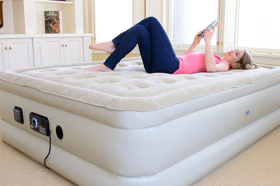 Best Air Mattress Reviews Of 2019: Top 10 Comparison